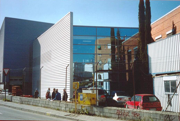Edificio industrial y oficinas Linde. Coslada, Madrid.