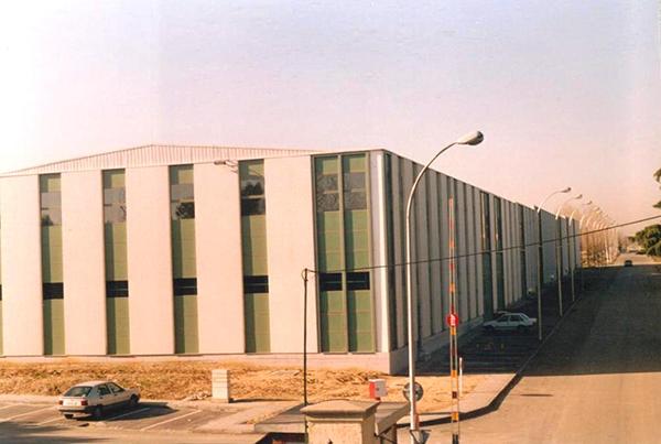 Naves industriales y oficinas, Neisa. Polígono Marconi, Madrid.